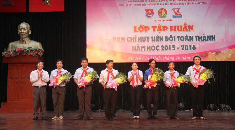 Lớp BCH liên Đội toàn Thành khối THCS